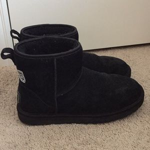 Women's Ankle UGG Boots Sz: 9